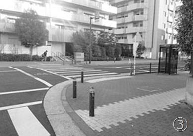 シンカシティ前(北加瀬1-33)T字路に信号機設置(2018年度中に設置予定)